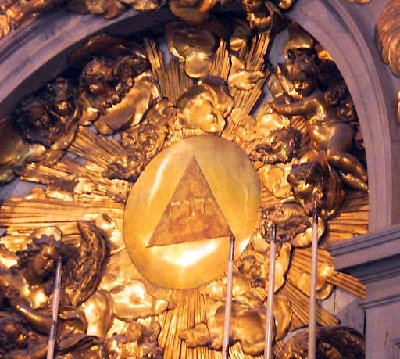 t_tetragrammaton_at_5th_chapel_of_the_palace_of_versailles_france_1_125